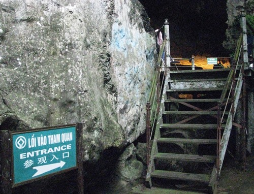 ha-long-bay-s-biggest-cave-to-be-renovated-1