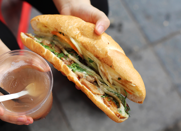 hanoi-s-banh-mi-an-unexpected-evolution-2