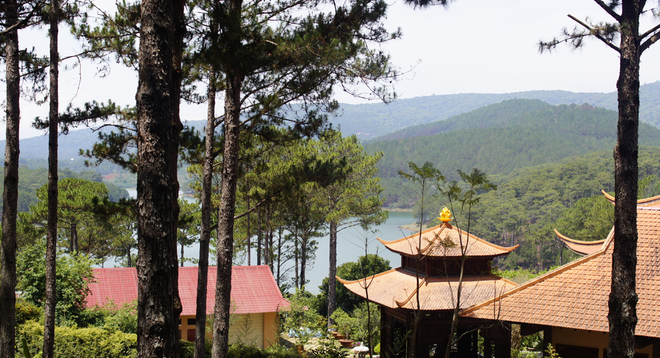 Truc Lam Pagoda looks over the lake.