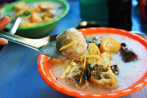 the-beef-ball-soup-at-the-heart-of-saigon