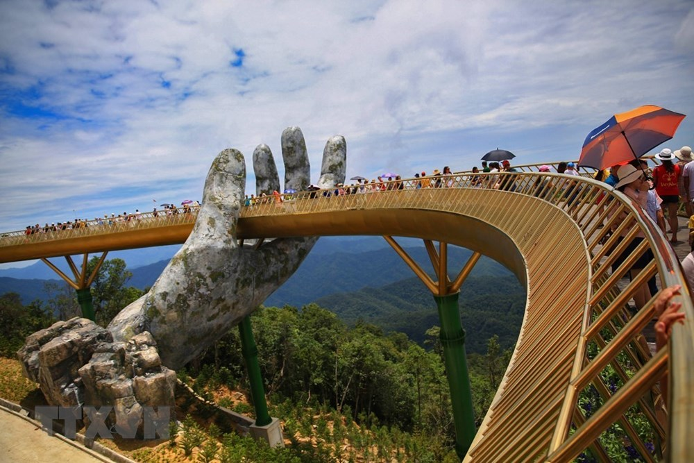 The Golden Bridge in Da Nang city (Photo: VNA)
